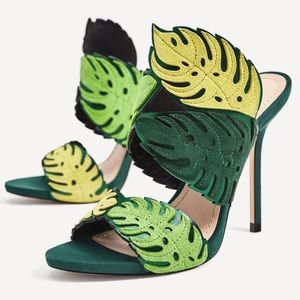 NEW w tags ZARA Green Suede Leather Leaf Sandals